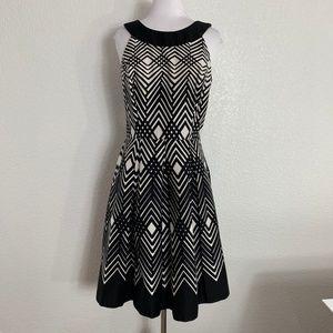 White House Black Market Size 6 Sleeveless Dress